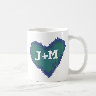 Personalisierte Initialen auf einer Herz-Tasse Tasse