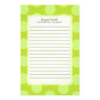 Personalisierte niedliche grüne Polka-Punkte Briefpapier