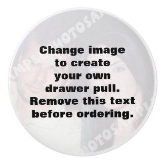 Personalisierter Fotofachzug. Machen Sie Ihre Keramikknauf
