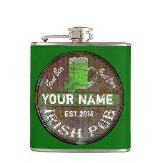 Personalisiertes irisches Pubzeichen Flachmann