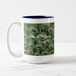 Pfau-Hochzeits-Tasse Zweifarbige Tasse
