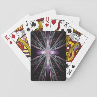 Pfau versieht Kreuz-Spielkarten mit Federn Spielkarten