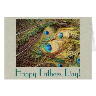 Pfau versieht Vatertags-Karte mit Federn Grußkarte