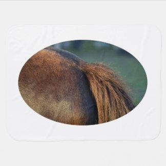 pferdeartiger Tierentwurf der braunen Puckdecke