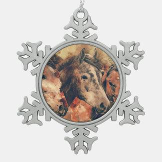 Pferdekünstlerisches Aquarell malend dekorativ Schneeflocken Zinn-Ornament