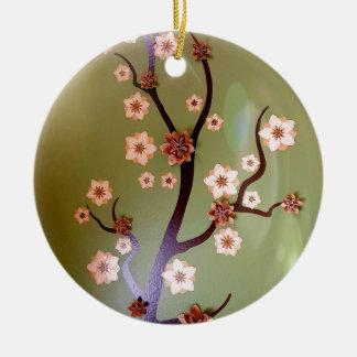 Pfirsich-Schablonenblüten auf Zweigen Keramik Ornament