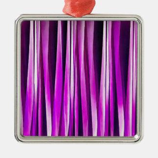 Pflaume lila und und Stripy Linien Muster Quadratisches Silberfarbenes Ornament