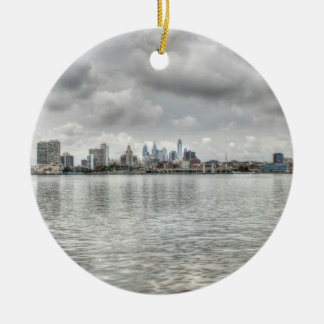 Philly Skyline Rundes Keramik Ornament