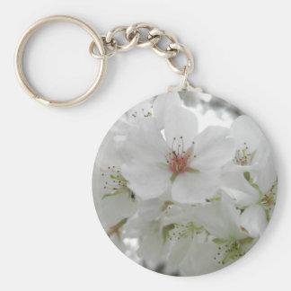 Photo blanche de fleurs de cerisier porte-clé rond