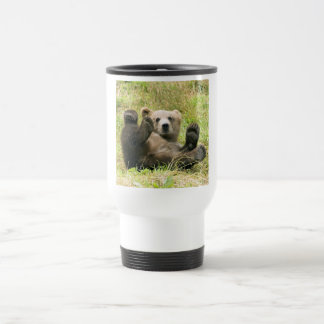 Photo brune mignonne de petit animal d'ours gris mug de voyage