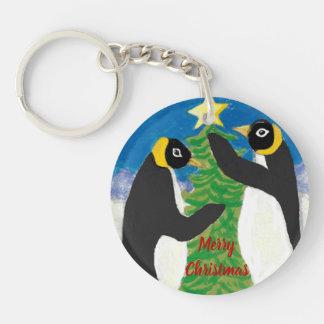Pinguin-Weihnachtskreis doppelseitiges Keychain Schlüsselanhänger