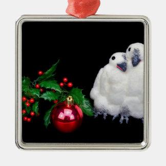 Pinguinfigürchen mit rotem Weihnachtsball Silbernes Ornament