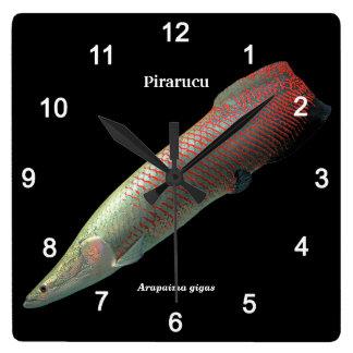Pirarucu , Arapaima gigas Quadratische Wanduhr