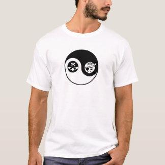 Pirat GEGEN Ninja T-Shirt