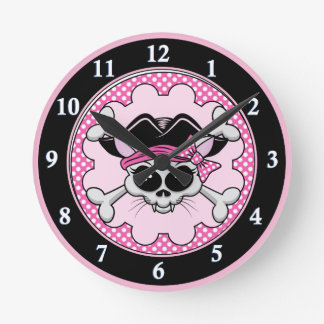 Piraten-Prinzessin Kitty Skull Runde Wanduhr