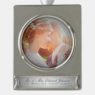 PixDezines Herr u. Frau First Christmas Wedding Banner-Ornament Silber