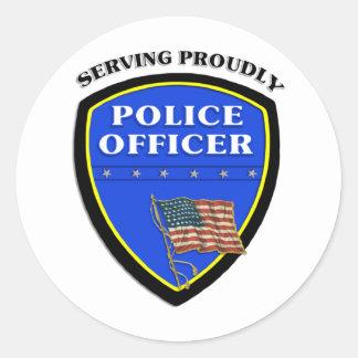 Polizei, die stolz dient runder aufkleber