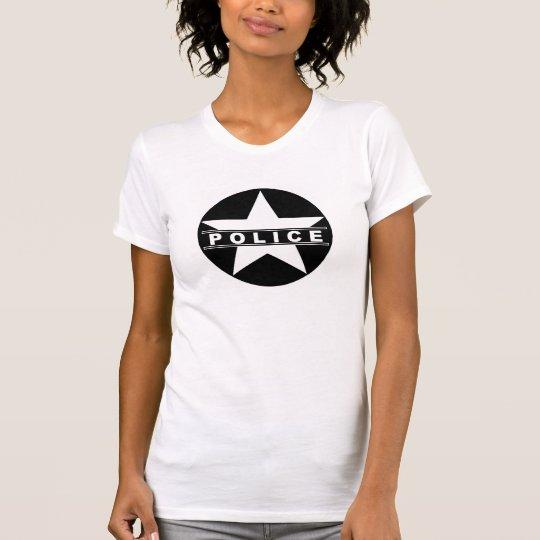 Polizei hat T-Shirt