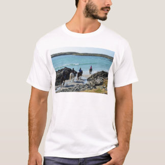 Pony-Trekking entlang dem Strand T-Shirt
