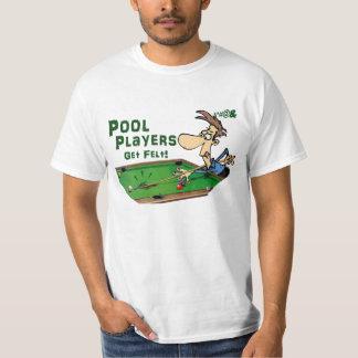 Pool-Spieler erhalten Filz T-Shirt