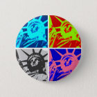 Pop-Kunst-Dame Liberty New York City Runder Button 5,7 Cm