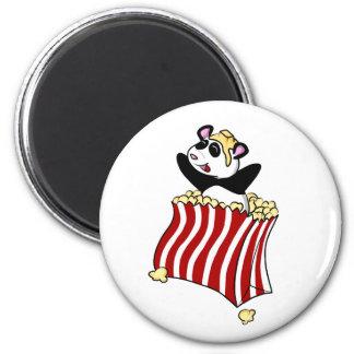 Popcorn-Panda! Runder Magnet 5,7 Cm