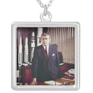 Porträt Doktor-Wernher von Braun Amulett