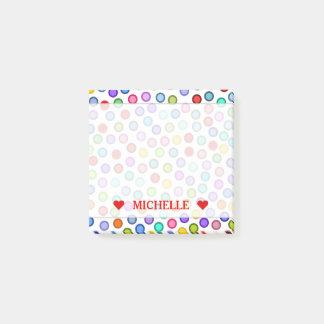 Post-it® Beaucoup de cercles colorés et de note nommée
