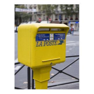 Posten in Paris Postkarte
