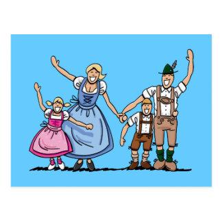 PostkarteLederhosendirndl-Bayer-Familie Postkarte