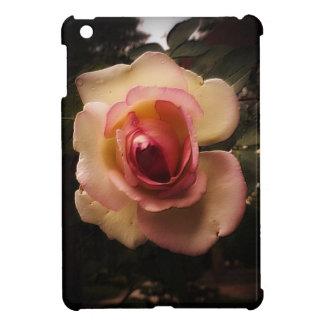 Prägeartige Sommer-Rose iPad Mini Hülle