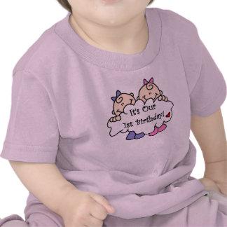 Premier anniversaire de filles jumelles t-shirts