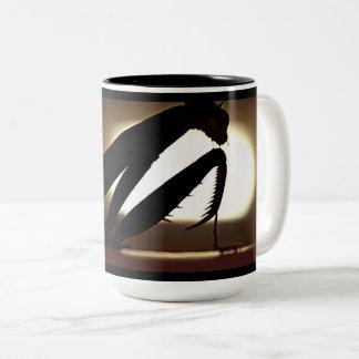 Preying Mantis-Silhouette-Kaffee-Tasse Zweifarbige Tasse