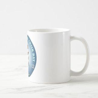 PREZ.info - leerer Stuhl 3 Kaffeetasse