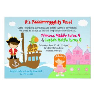 Prinzessin-und Piraten-Zwillings-gemeinsames Individuelle Einladungskarte