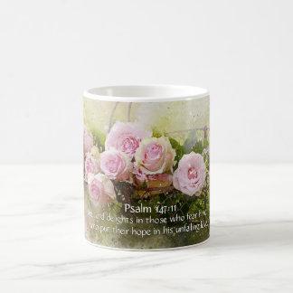 Psalm-147:11, Bibel-Vers, Korb der rosa Rosen, Tasse