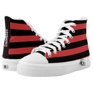 Punky-Zombie-roter schwarzer Streifen durch Hoch-geschnittene Sneaker