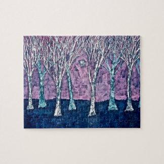 Puzzlespiel mit Bäumen im Winter