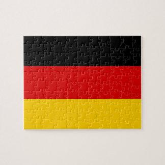 Puzzlespiel mit Flagge von Deutschland