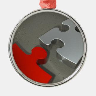 Puzzzzz Rundes Silberfarbenes Ornament