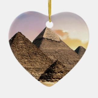 Pyramiden Keramik Herz-Ornament