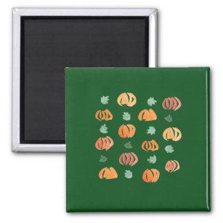 Quadratischer Magnet mit Kürbisen und Blätter