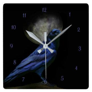 Raben-magische gotische Uhr