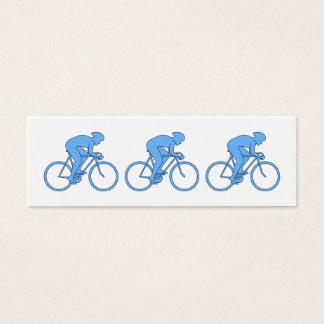 Radfahrer in einem Rennen. Blau Mini Visitenkarte