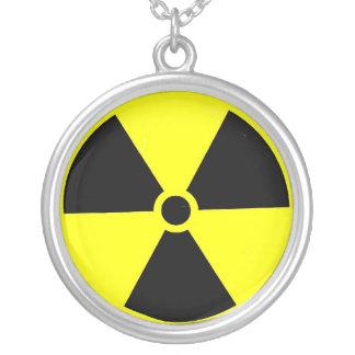 Radioaktive Gefahr Versilberte Kette
