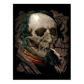 Rauchende Zombie-Mann-Entkerner-seltsame Vintage Postkarte