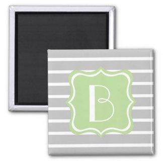 Rayure de gris et de blanc de cendre avec le magnet carré
