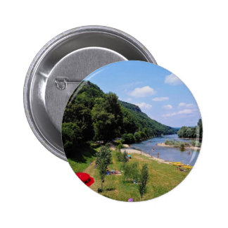 Red River Dordogne mit Café, Frankreich-Blumen Runder Button 5,1 Cm