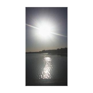 Reflektierender Sun Leinwanddruck