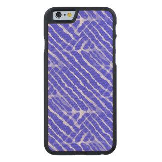Regard bleu de toile de rayures de tigre coque carved® slim iPhone 6 en érable